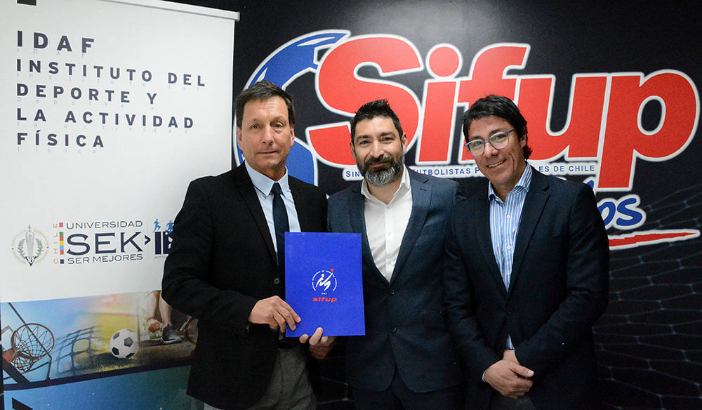 Sifup cierra importante acuerdo académico con IDAF