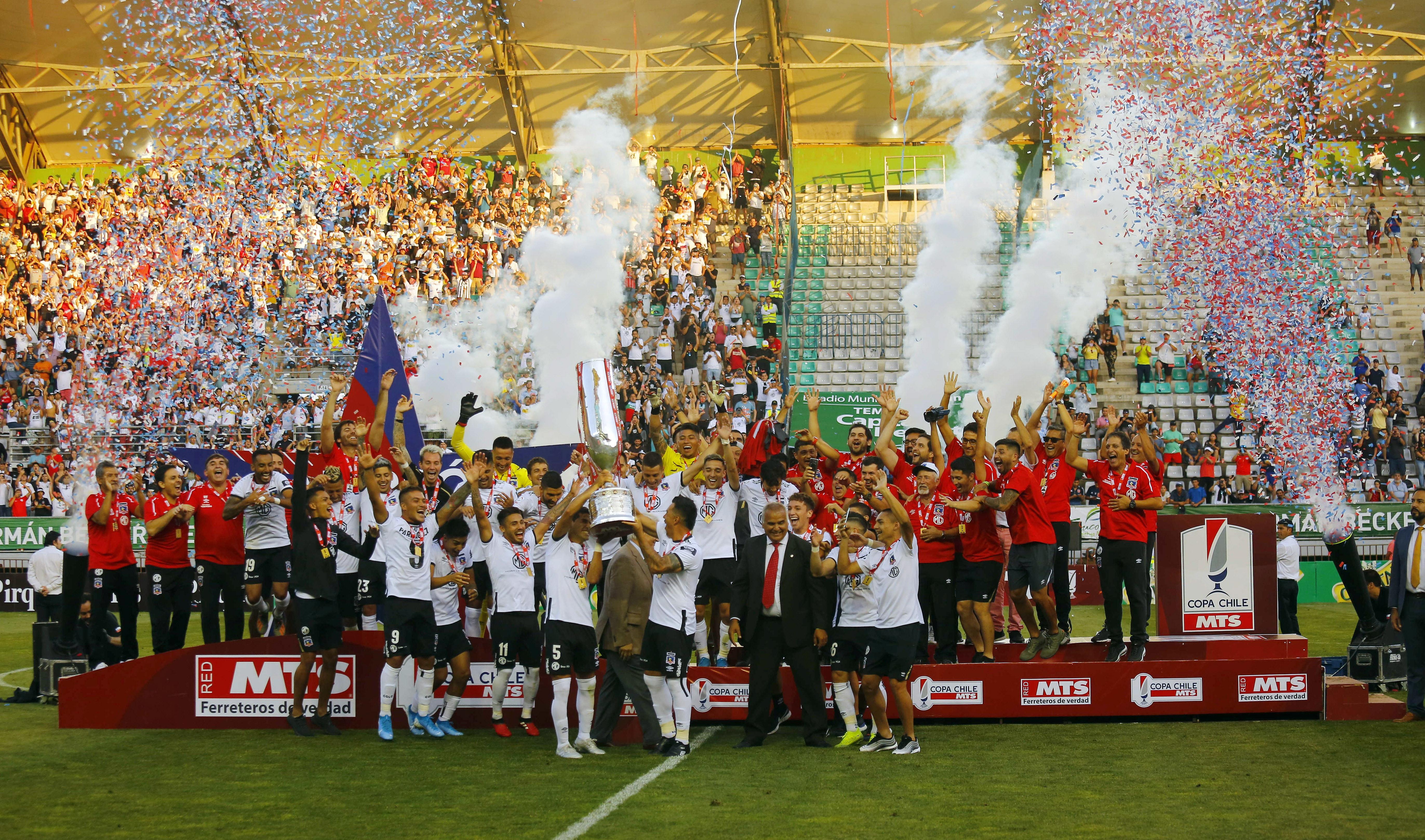 Imágenes del vibrante título albo en la Copa Chile