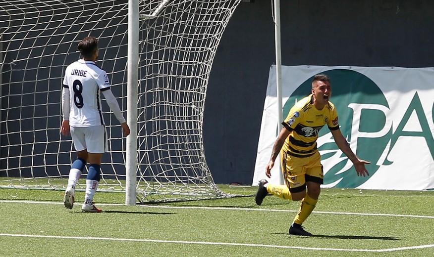 *Resumen Segunda División* Lautaro de Buin no cede terreno en la punta de la tabla