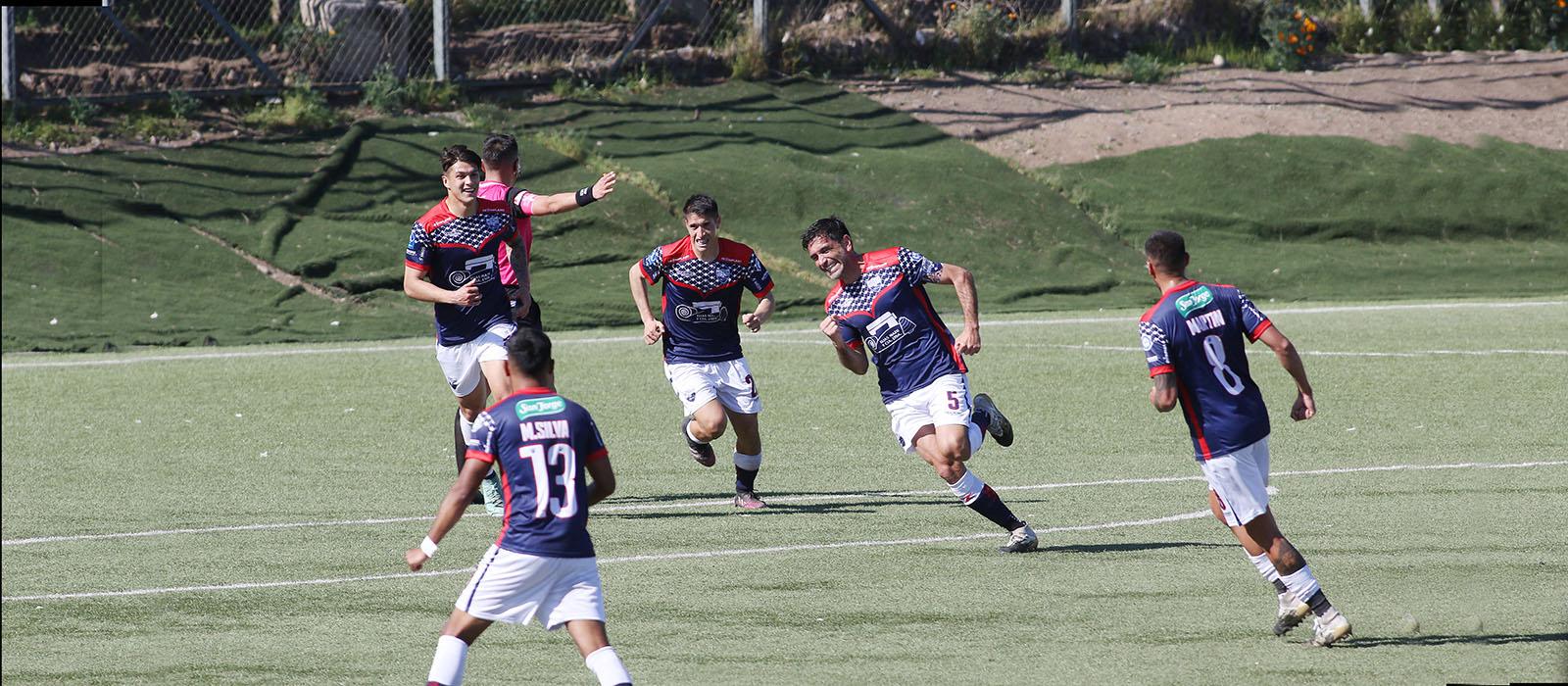 Deportes Recoleta venció a Colina y continúa como uno de los punteros del Torneo